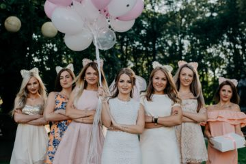 Dealing With Difficult Bridesmaids
